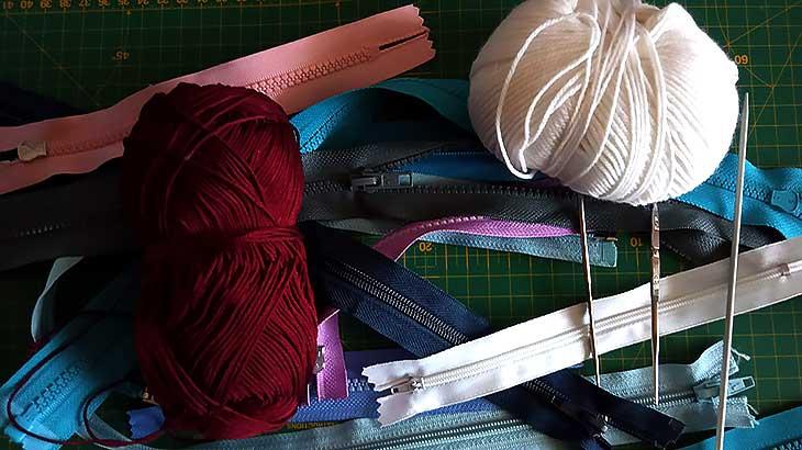 Как вставить молнию для одежды в вязаное изделие