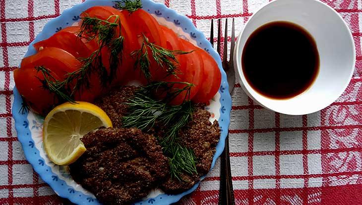 Рецепт оладьев из куриных сердечек с соевым соусом