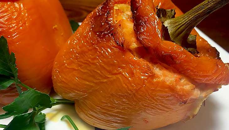 Как приготовить перцы с рыбной начинкой и апельсином
