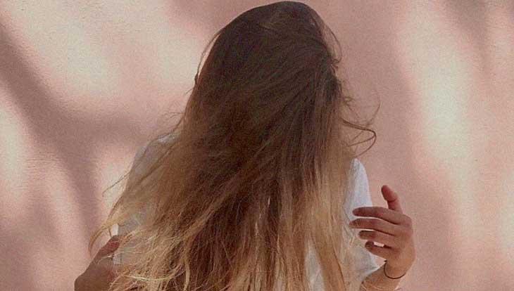 7 советов о том, как ухаживать за волосами зимой