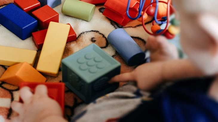 9 идей как интересно провести время с ребенком дома